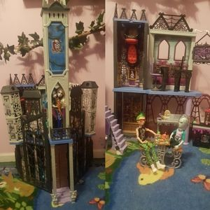 Monster High school set plus cafe set